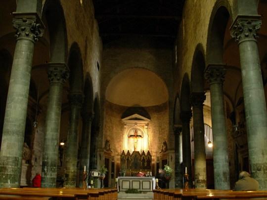 Die Kirche Santi Apostoli