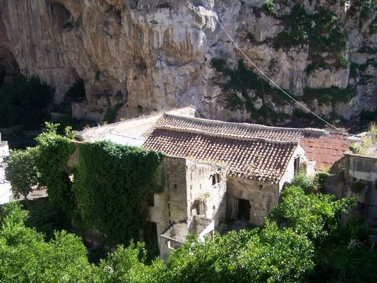 Valle dei Mulini, Amalfi - Torre dello Ziro
