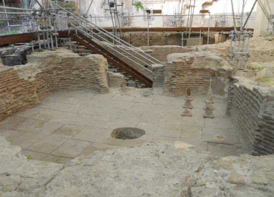Naples Things To Do Santa Chiara Roman Ruins
