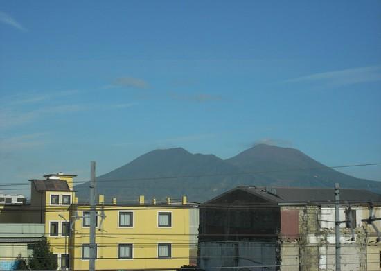 Italia in treno: alla scoperta delle bellezze della Campania