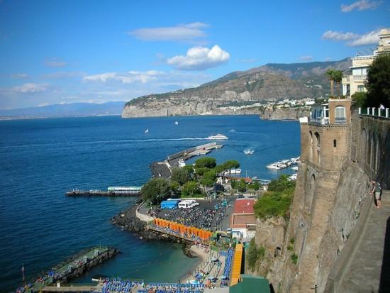 Italy by train - Campania by train