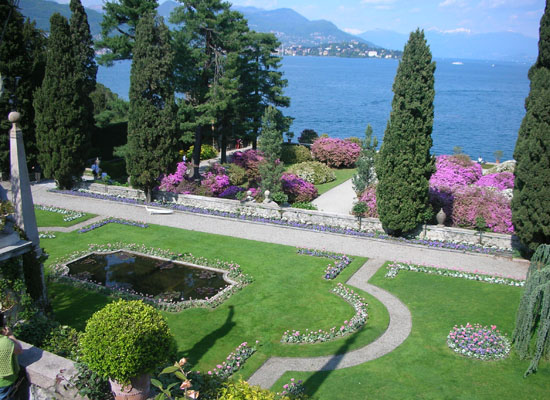 A Luxury and Romantic week-end on the Lakes