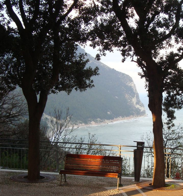 What to see in Le Marche rehion - Holiday in Italy