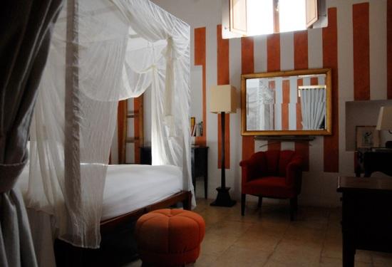 Top 5 small charming Hotels in southern Italy: Ca Pa Casa Privata, Campania