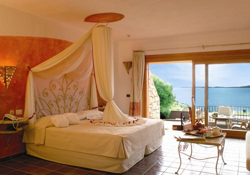 Honeymoon hotels in italy best romantic destinations for Great small hotels italy