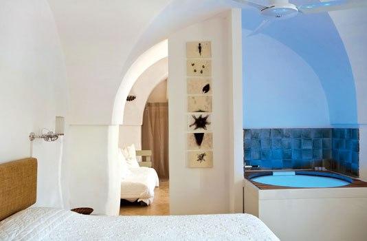 Top 5 small charming Hotels in southern Italy: Masseria Alchimia, Puglia