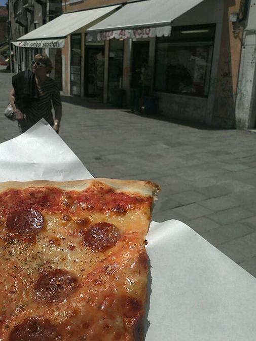 Pizza in Venice - The best foods in Italy by Adam