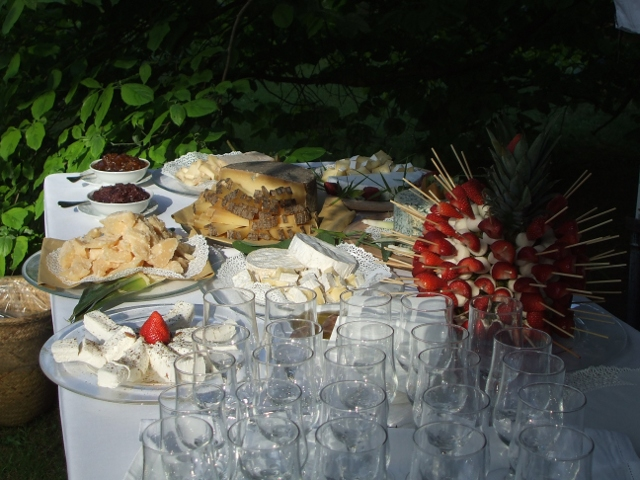 Romantic and Delicious Wedding in Tuscany